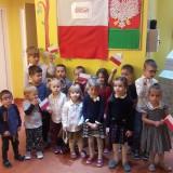 Bajkowa Kraina śpiewa hymn